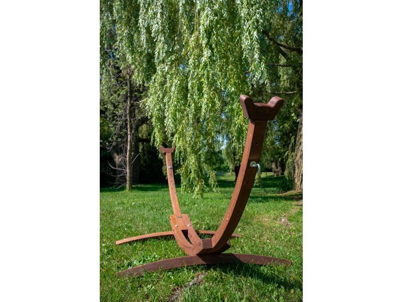 Drewniany stojak hamakowy